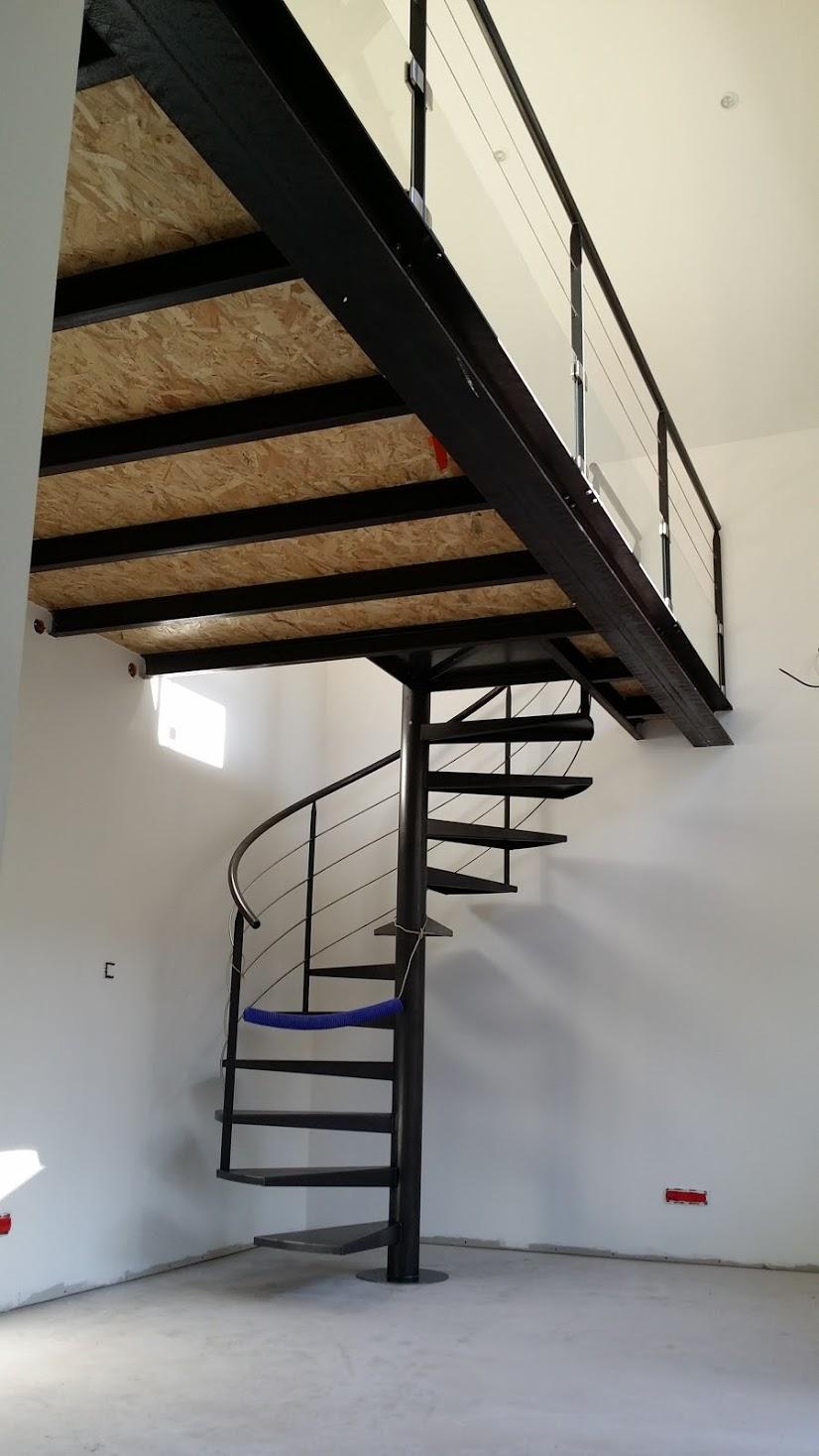 escaliers entreprise rageau menuiserie m tallerie dans la vienne 86. Black Bedroom Furniture Sets. Home Design Ideas