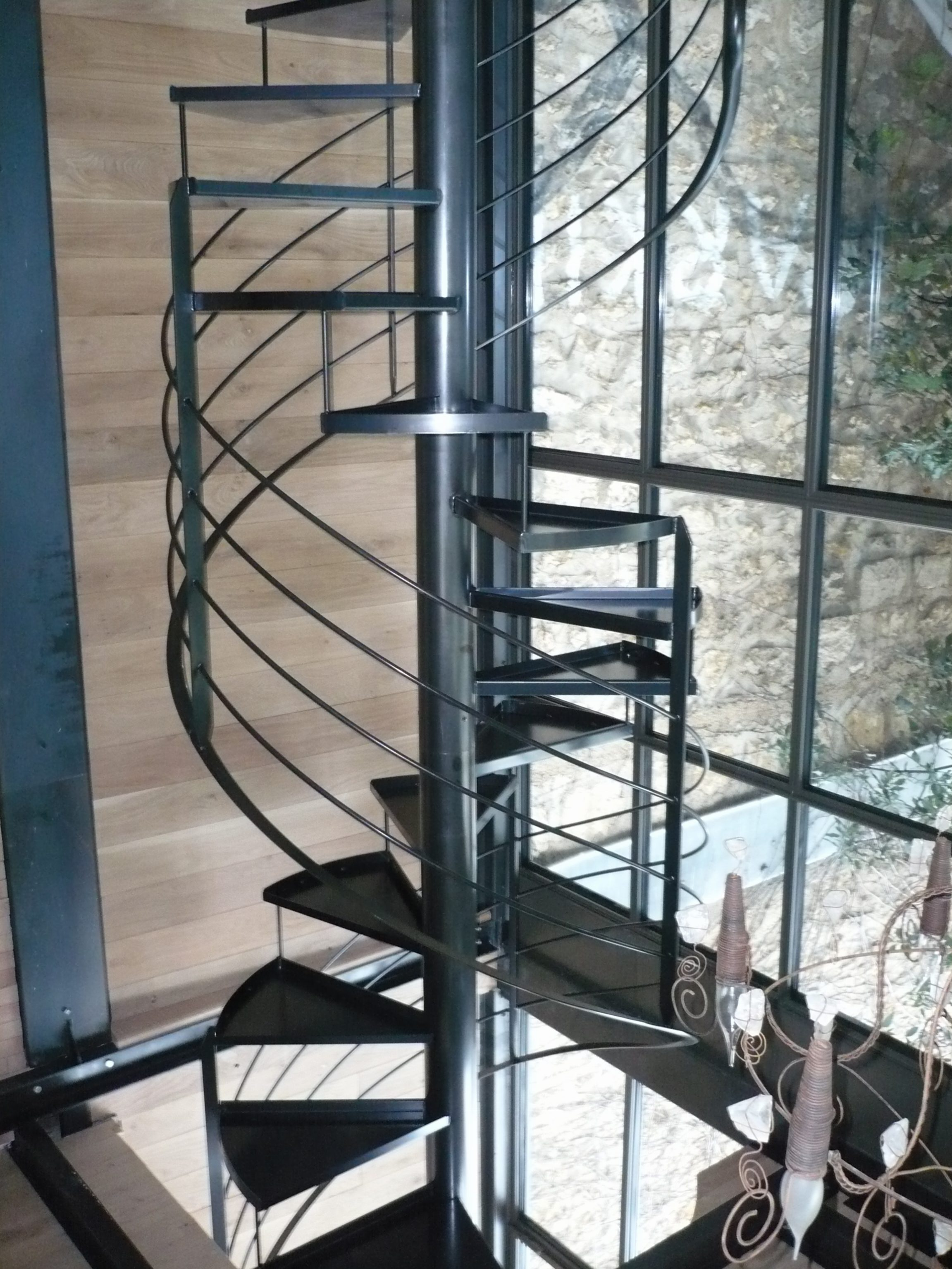 escalier colimaon industriel stunning escalier helicodal industriel en acier galvanis with. Black Bedroom Furniture Sets. Home Design Ideas