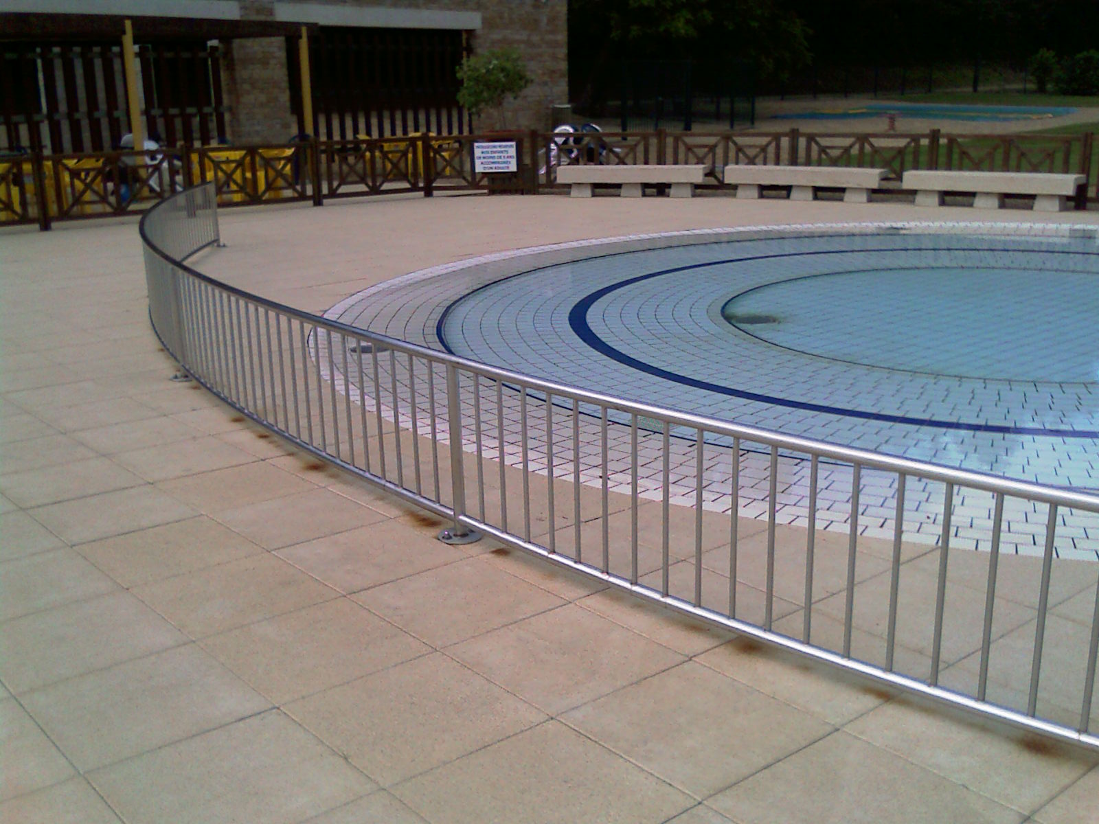 Escaliers entreprise rageau menuiserie m tallerie for Construction piscine inox